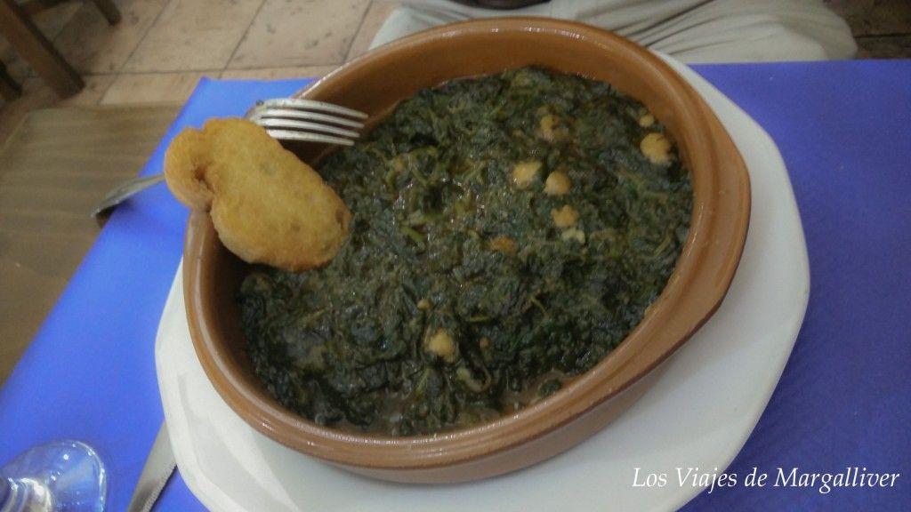 espinacas con garbanzos semana santa sevilla - los viajes de margalliver